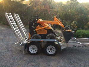 mini loader and trailer for hire